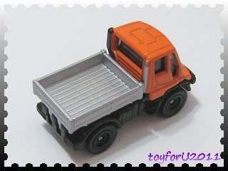 Tomica No 22 Mercedes Benz UNIMOG 1/88 Orange Color Diecast Car Tomy
