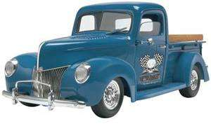 REVELL 1/24 SCALE 1940 CUSTOM PICKUP TRUCK PLASTIC MODEL KIT NEW IN