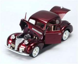 1939 Chevy Coupe Hard Top   124 Scale Diecast Car   Burgundy