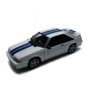 18 1991 Ford Mustang GT White with Blue Stripes 1 of 500 Toys & Games