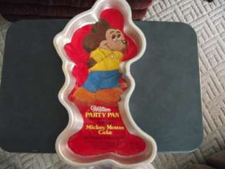WILTON MICKEY MOUSE STANDING CAKE PAN WITH INSERT 1978 GREAT RARE