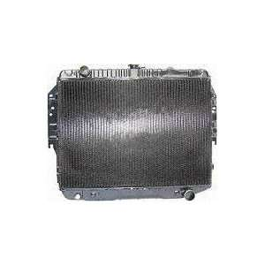 80 82 FORD BRONCO RADIATOR SUV, 8cyl; 5.0L; 302c.i. 21 Core (1980 80
