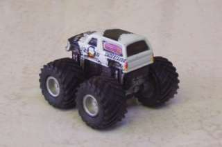 MONSTER TRUCK Ford Bronco UNDERTAKER Micro Machines