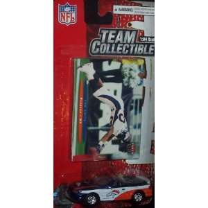Denver Broncos NFL Diecast 2003 Ford Mustang Convertible Car with Rod
